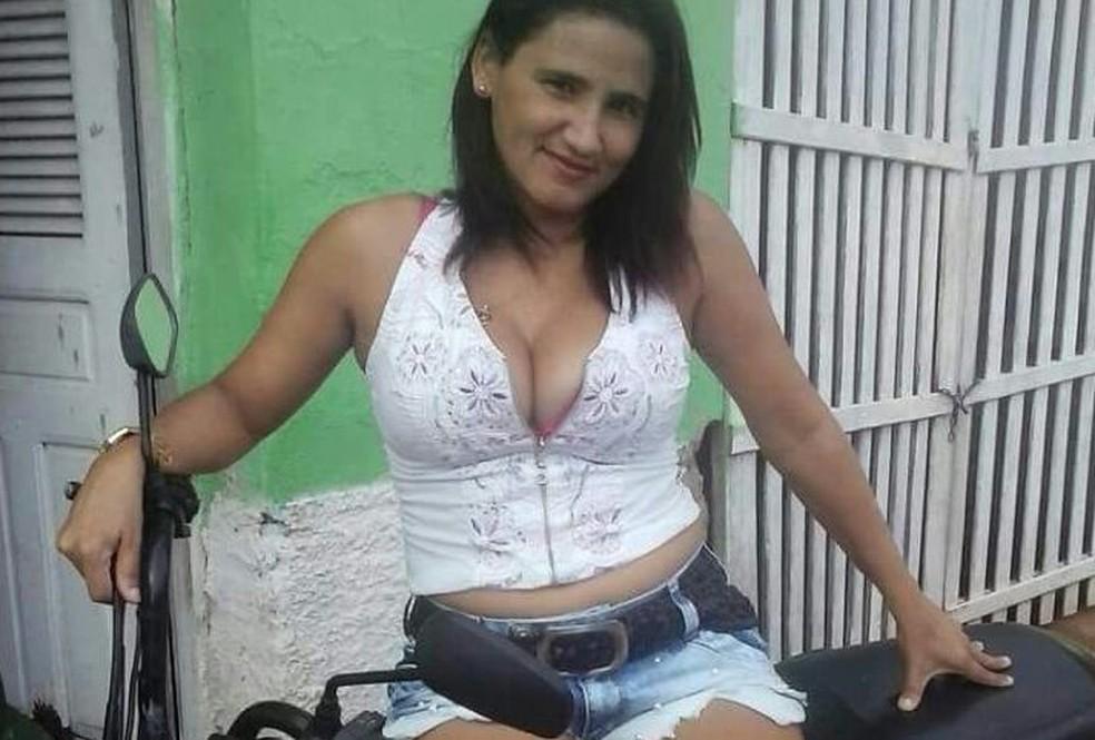 21f9dce65e7ef Irmã de cantor da banda Saia Rodada é assassinada em Umarizal ...