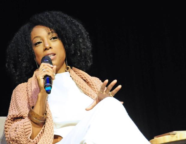 A cantora Negra Li contou como se divide entre os shows e a amamentação (Foto: Sylvia Gosztonyi  )