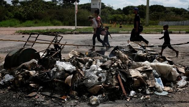 Tensões em Pacaraima tendem a continuar, segundo moradores e missionários entrevistados pela BBC News Brasil (Foto: Reuters via BBC)