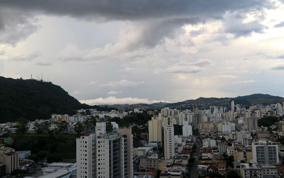 -  Céu deve ficar nublado na região de Zona da Mata e Campo das Vertentes  Foto: Roberta Oliveira/G1