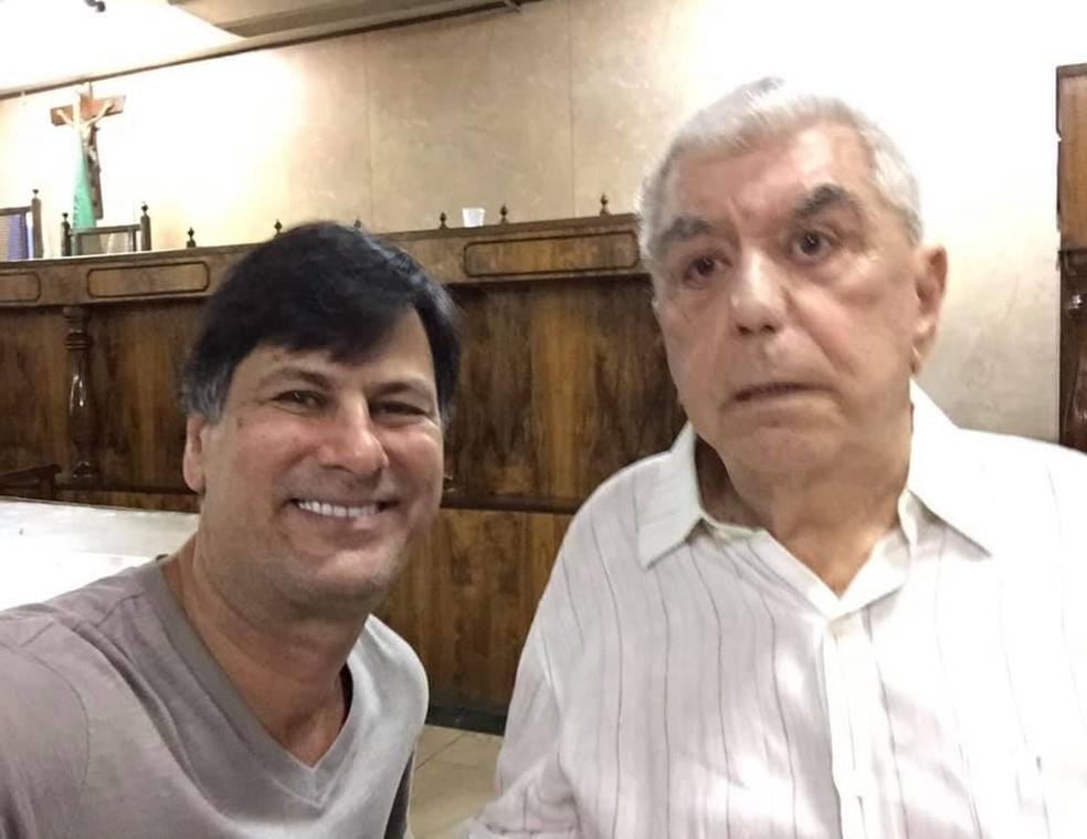 Hydekel Freitas e o sobrinho Fábio. O político morreu neste domingo (11) aos 82 anos — Foto: Reprodução redes sociais