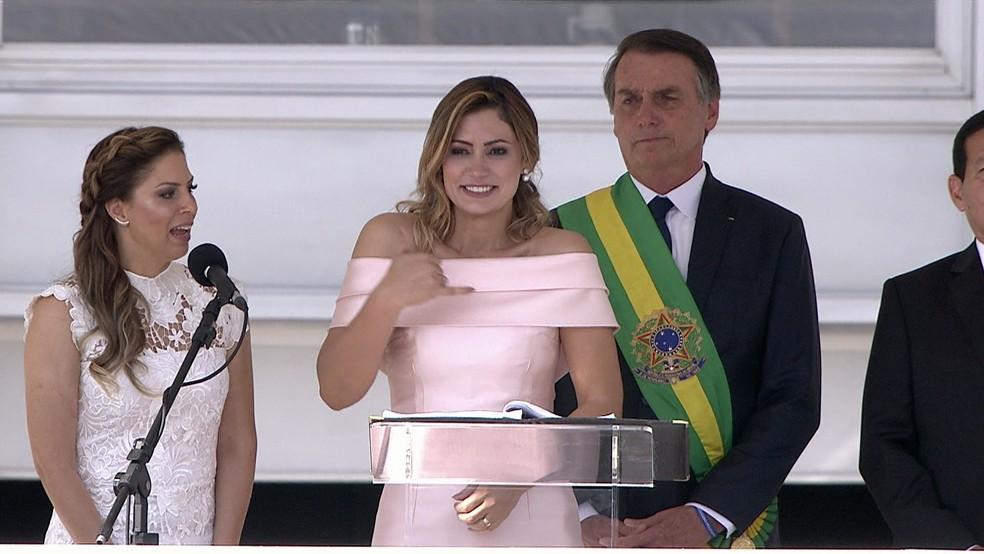 Michelle Bolsonaro durante discurso no parlatório no Palácio do Planalto — Foto: Reprodução/G1