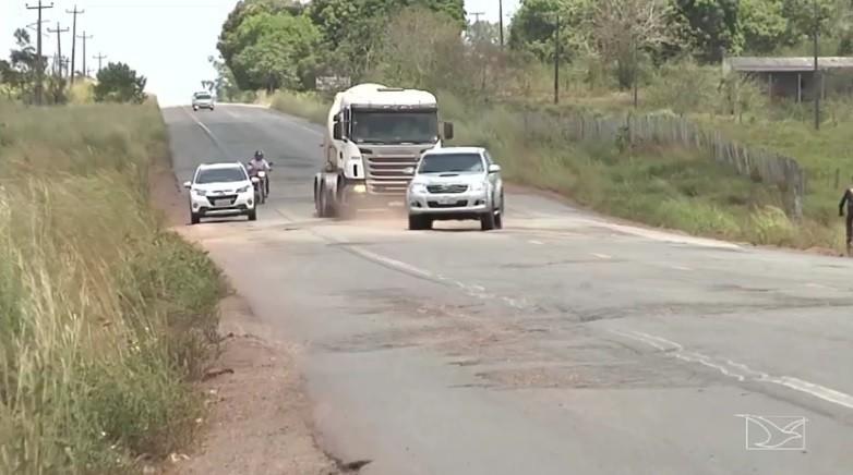 Buracos e assaltos colocam em risco motoristas na BR-316, no Maranhão