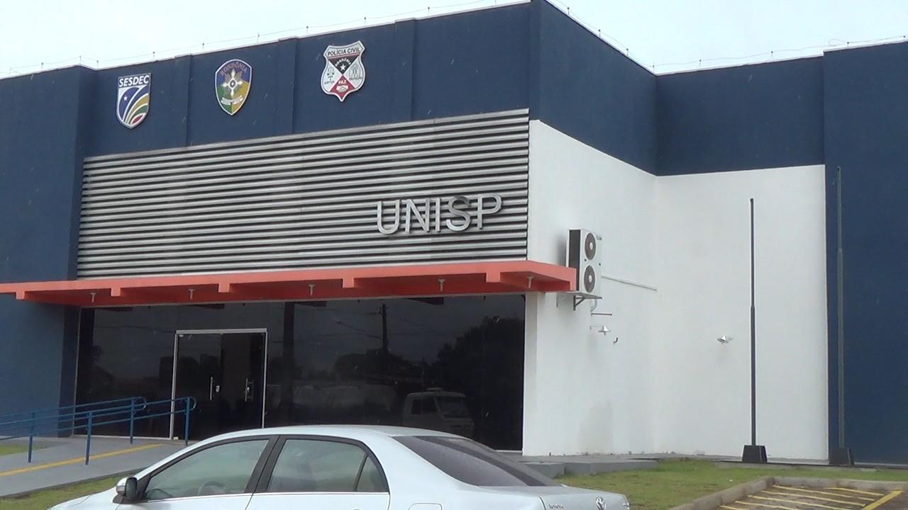 Corpo de homem esfaqueado é encontrado em rua de Jaru, RO