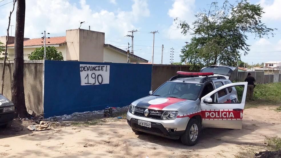Muro foi pintado pela Polícia Militar na comunidade em João Pessoa (Foto: Sargento Pereira/Polícia Militar da Paraíba)