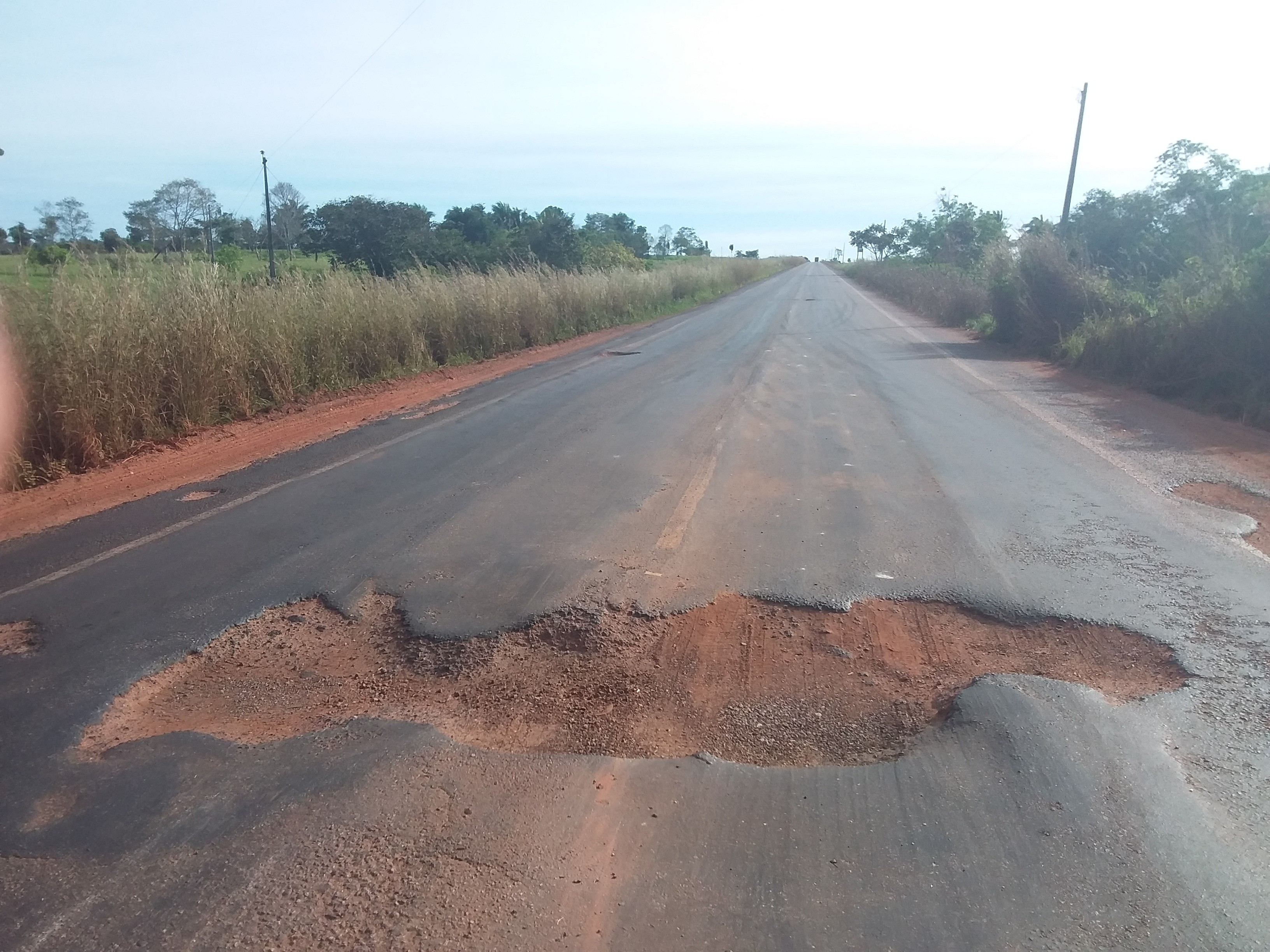 Trechos de nove rodovias do TO estão entre os dez piores do país, aponta pesquisa - Notícias - Plantão Diário