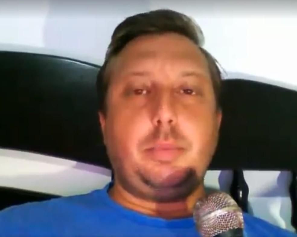 Pastor publicou um vídeo nas redes sociais explicando o que aconteceu (Foto: Reprodução)