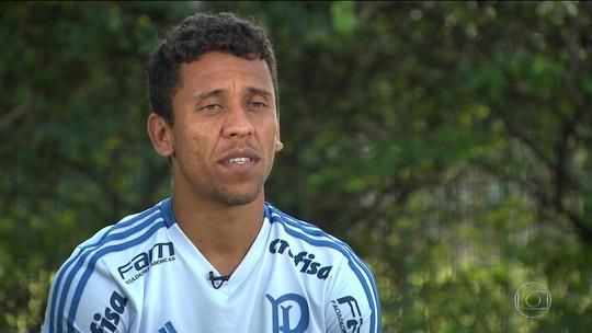 Agora no Palmeiras, Marcos Rocha vai enfrentar o Atlético-MG, seu clube de coração
