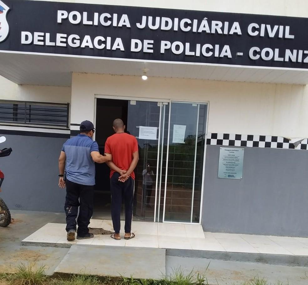 Suspeito confessou as agressões mas negou o estupro, alegando ser heterossexual — Foto: Polícia Civil-MT/ Assessoria