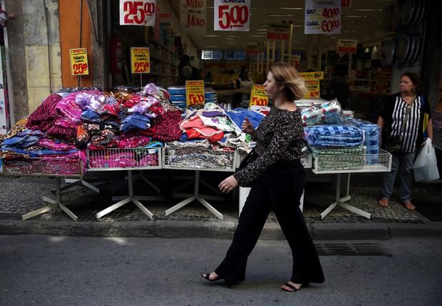 economia - varejo - consumo - confiança - comércio - roupas - vendas  (Foto: Pilar Olivares/Reuters)