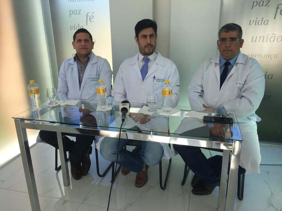 Novidades do quadro de saúde de Alexandre foram apresentadas em coletiva de imprensa (Foto: Eri Santos/TV Asa Branca)