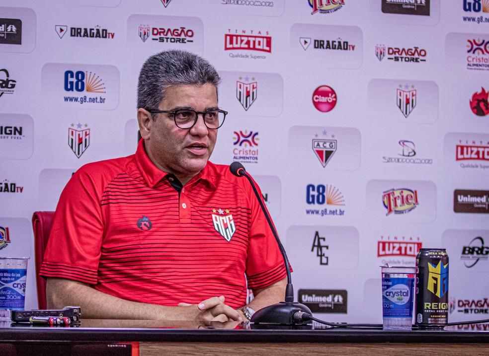 Marcelo Cabo diz que conta com Ferrareis — Foto: Heber Gomes / Atlético-GO