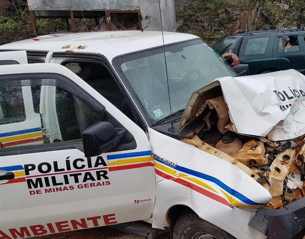 Batida foi registrada nesta quinta-feira (24) em Capitólio  — Foto: Corpo de Bombeiros/Divulgação