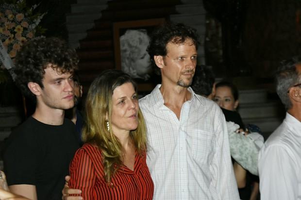 Vitor Thiré, Luisa Thiré e Carlos Thiré (Foto: AgNews)