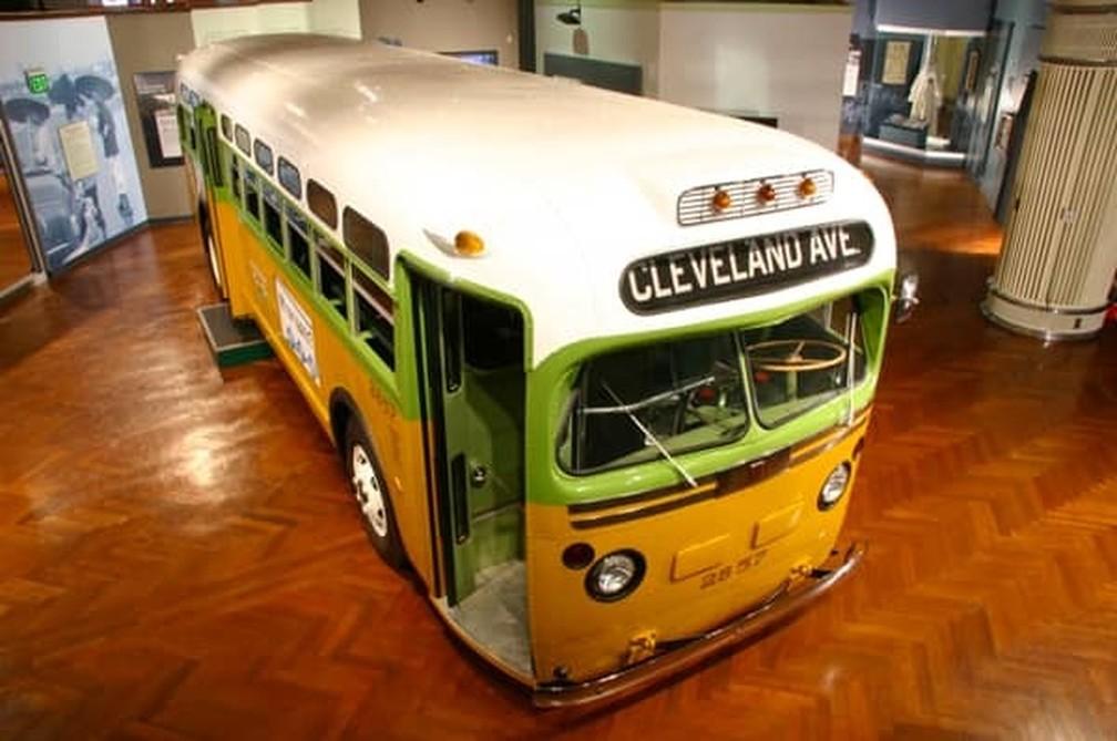 O ônibus de Rosa Parks, hoje em exibição em um museu, inspirou um tema da prova do Enem 2018 — Foto: Divulgação/The Henry Ford