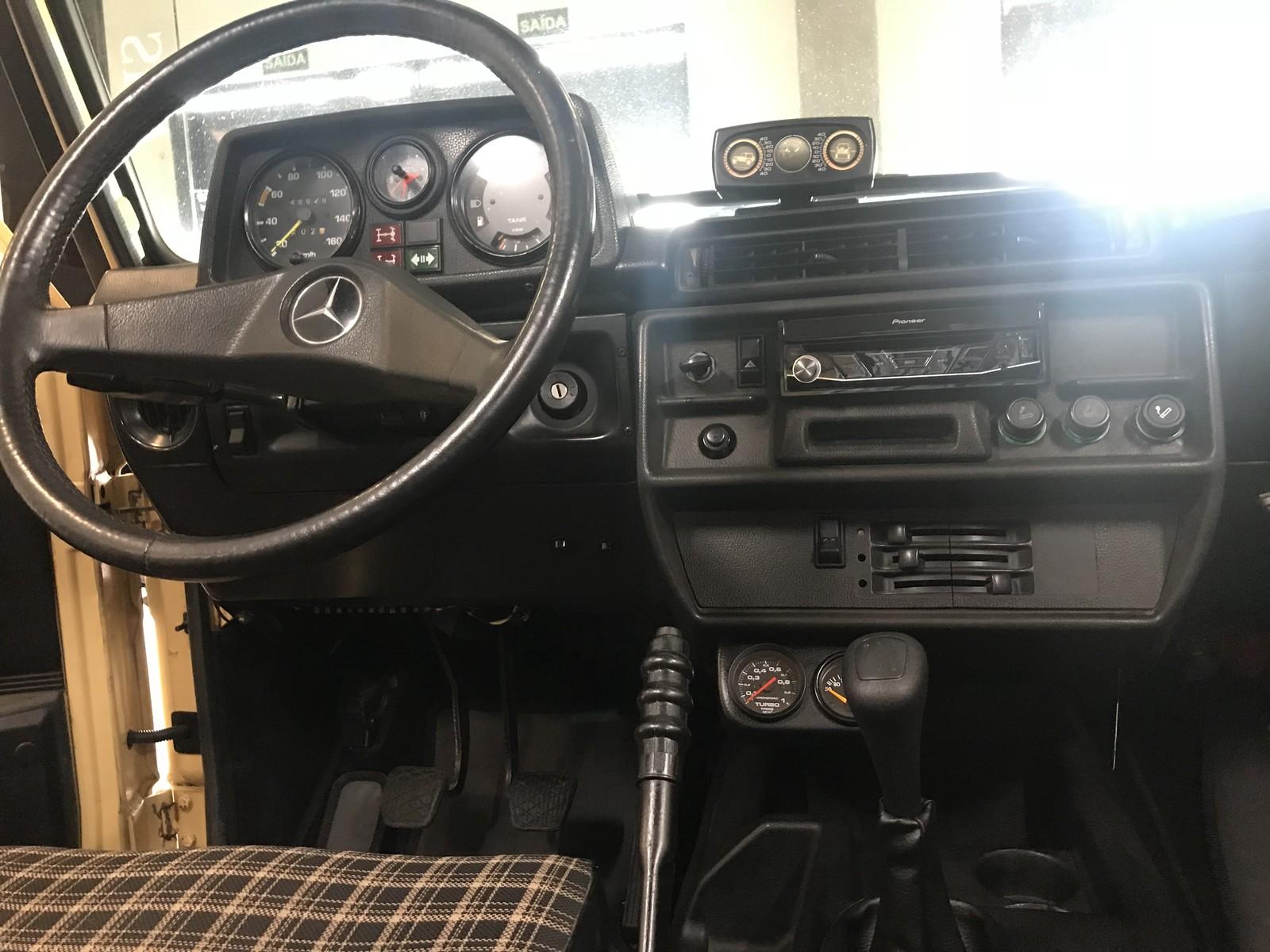 De Jeep da guerra até primeiro Porsche, marcas revivem clássicos no Salão do Automóvel Img-3881
