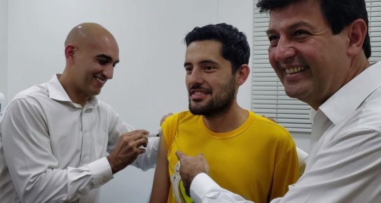 Ministro da Saúde fala em ampliar zona de segurança em lançamento de campanha de vacinação na fronteira