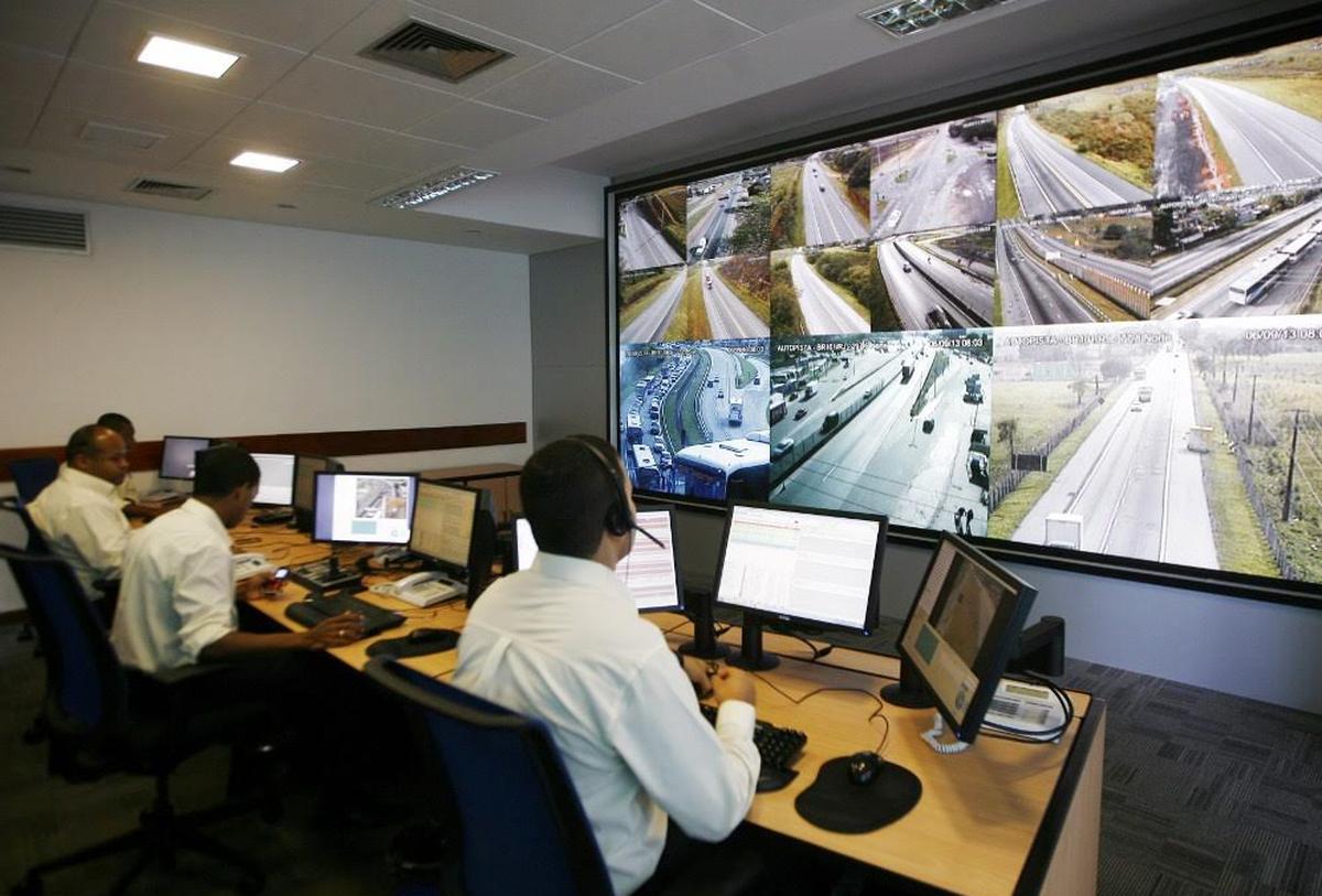 Concessionária espera passagem de 109 mil veículos na BR-101, no RJ, nesta sexta-feira