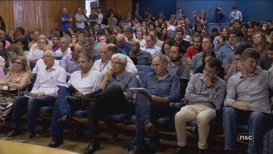 UFSC decide fazer consulta pública para escolha do novo reitor