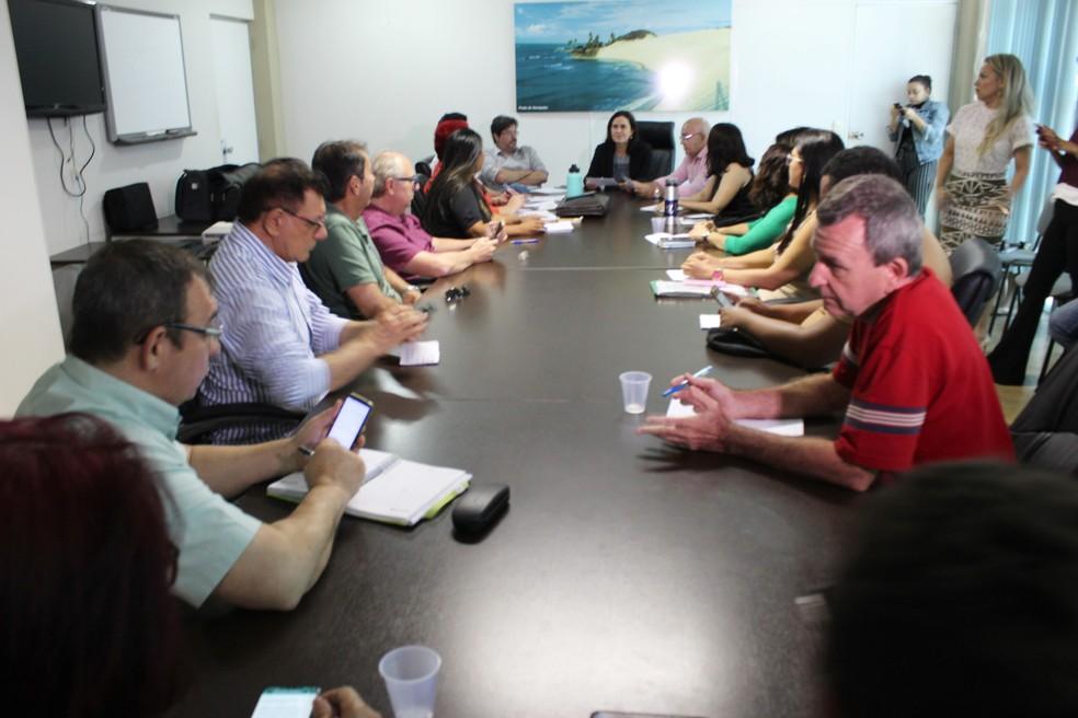 Calendário foi divulgado após reunião no Fórum — Foto: Divulgação/Gabinete Civil do RN