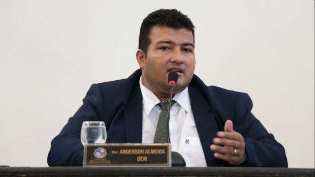 TRE declara perda de mandato de vereador; galpão foi demolido e reconstruído em ano eleitoral - Notícias - Plantão Diário