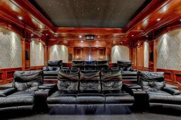 Casa de Kelly Clarkson tem quase 2 mil m² (Foto: Divulgação)