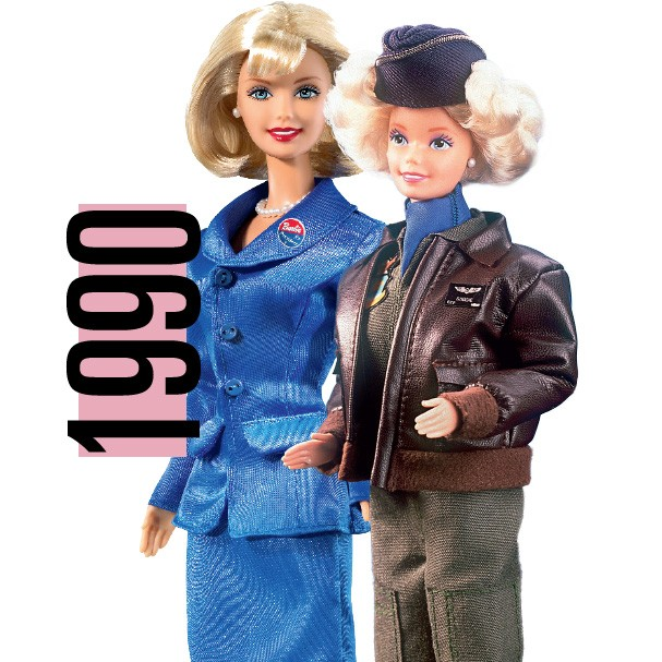 Barbie presidente (1992) e Barbie pilota (1991) (Foto: Getty Images)