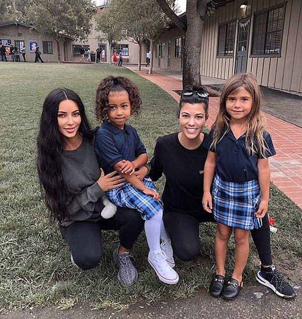 Kim Kardashian, North West, Kourtney Kardashian, Penelope Disick (Foto: Instagram)