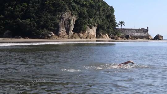 Desafio Pôr do Sol testa limites de nadadores em 13 horas ao redor da Ilha do Mel