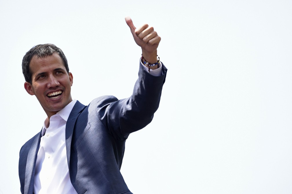 França considera que Guaidó tem legitimidade para organizar eleição ... bfcdf54d89653