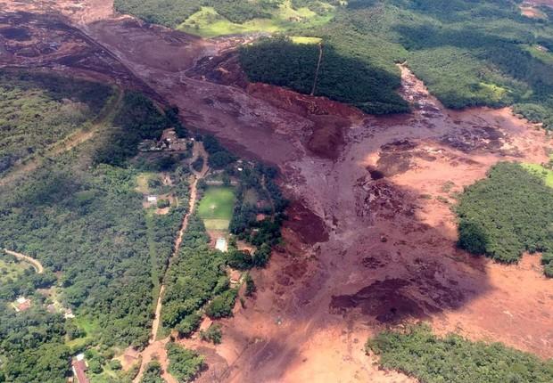 Rompimento de barragem da mina de Feijão, da Vale, em Brumadinho (Foto: Corpo de Bombeiros/Divulgação)