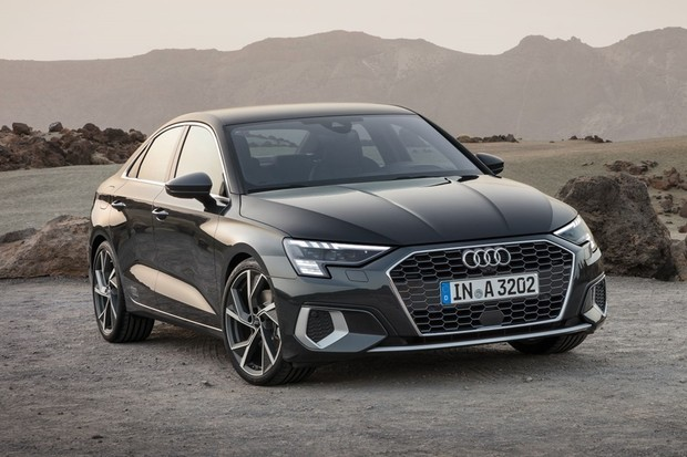 Nova geração do Audi A3 chega ao Brasil para ser carro de entrada, mas encosta nos R$ 300 mil