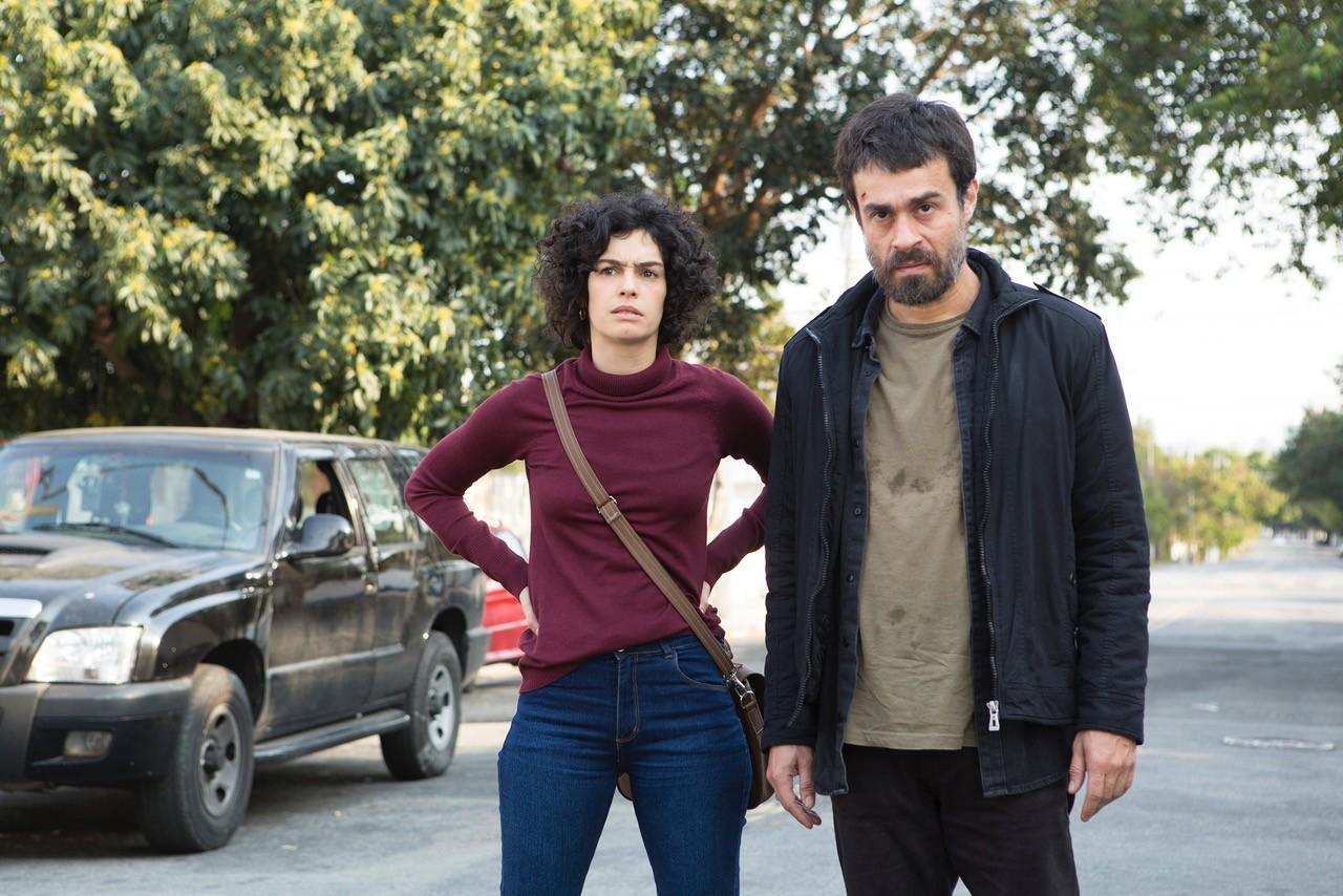 Maria Flor e Erom Cordeiro em Os Ausentes (Foto: Divulgação)