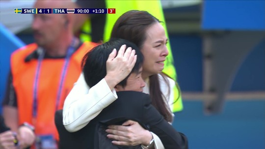 Goleada pela Suécia, Tailândia provoca choro ao marcar seu primeiro gol