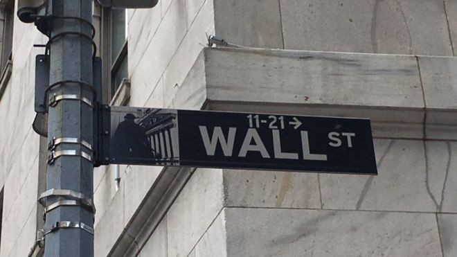 Escravos ajudaram a construir o muro que deu nome a Wall Street, distrito financeiro de NY (Foto: BBC)