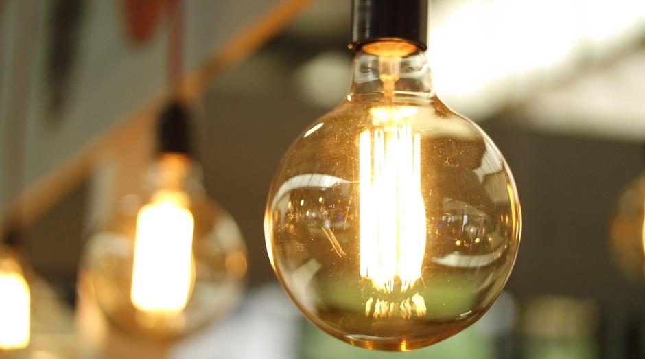 lampada, luz, teto (Foto: Reprodução/Pexels)