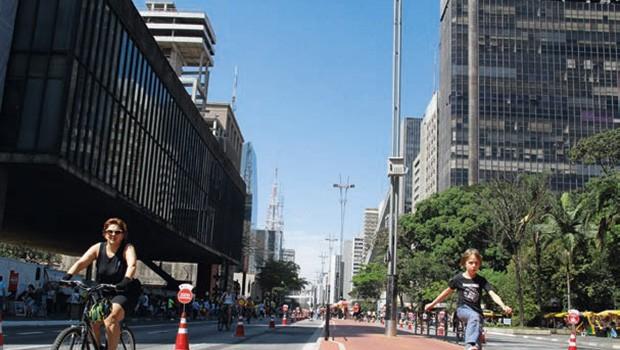 Vida;Turismo;Bem Viver;Carla Assumpção;Swarovski;São Paulo;Pedalar;Avenida Paulista (Foto: Rogerio Albuquerque)