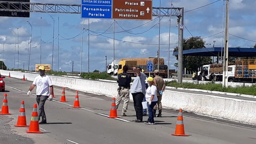 Coronavírus: rodovias federais da PB têm barreiras sanitárias instaladas  — Foto: Agevisa/Divulgação