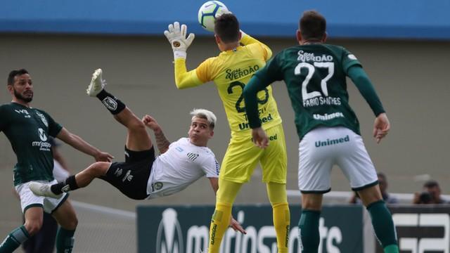 Soteldo teve grande atuação contra o Goiás