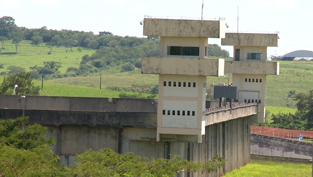 Dois detentos da Penitenciária 2 de Presidente Venceslau morreram por causa da Covid-19 — Foto: Reprodução/TV Fronteira