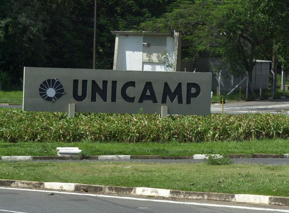 Num primeiro levantamento, a Unicamp dá conta de pelo menos 40 bolsas recolhidas após decisão da Capes. — Foto: Inaê Miranda