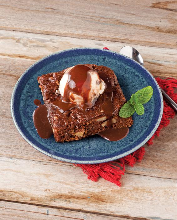 Brownie vegano com nozes e linhaça (Foto: Divulgação)