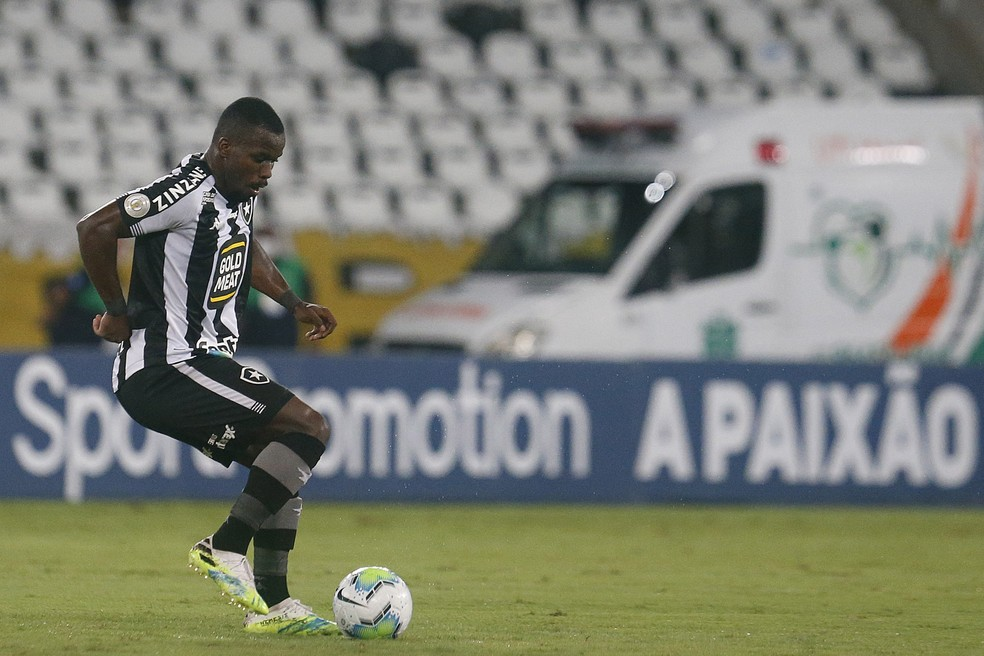 Kayque foi bem em Botafogo x São Paulo — Foto: Vitor Silva/Botafogo
