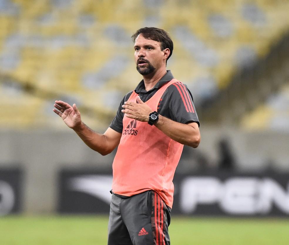 Técnico Maurício Souza, Flamengo x Macaé, Campeonato Carioca  — Foto: André Durão