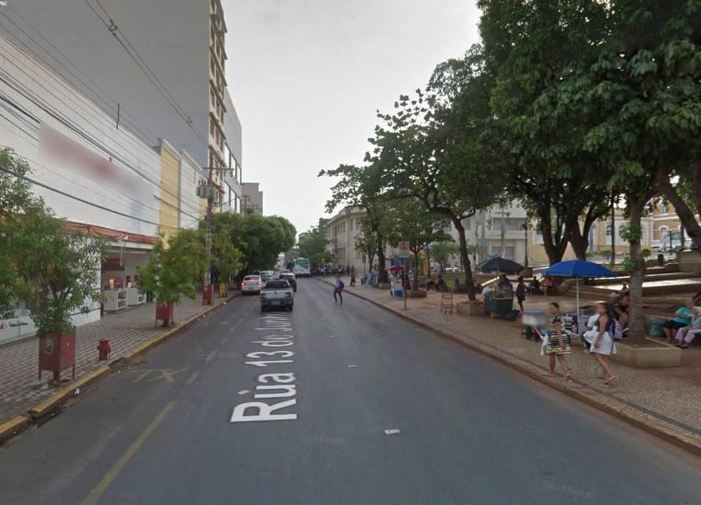 Rua 13 de Junho, na região central de Cuiabá — Foto: Google Maps/Reprodução
