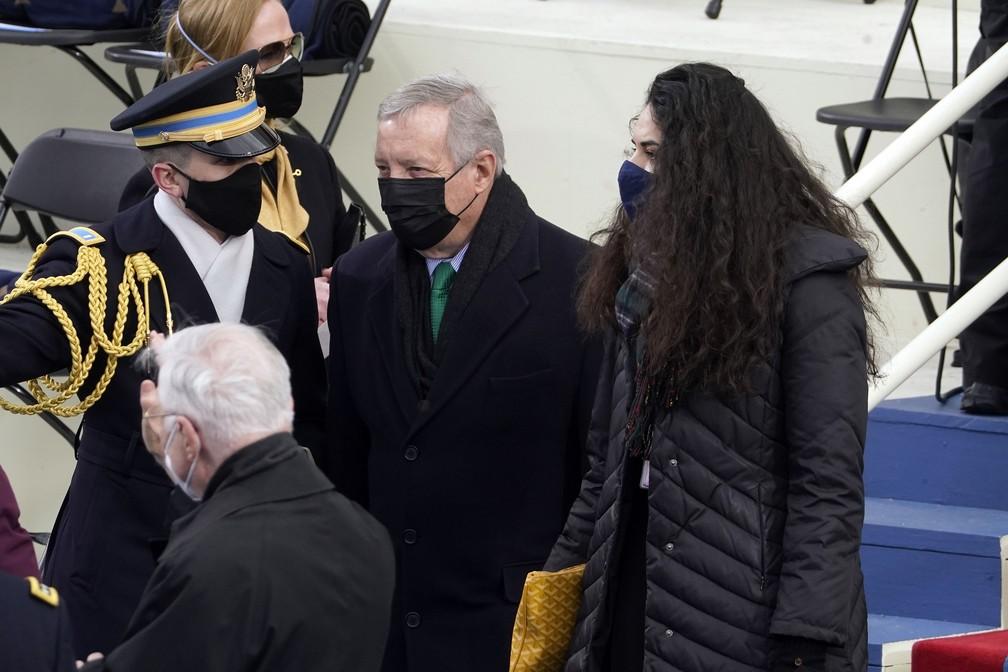 O senador Dick Durbin chega para a posse do presidente eleito Joe Biden, em Washington, nesta quarta-feira (20) — Foto: Andrew Harnik/AP