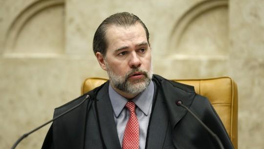 Resultado de imagem para o ministro Marco Aurélio Mello lança uma liminar que soltaria mais de 169 mil presos em segunda instância