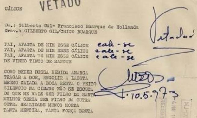 A letra de 'Cálice' com anotações e o carimbo de 'vetado' da ditadura