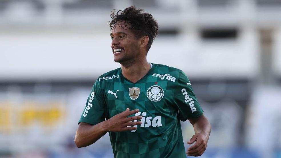 Gustavo Scarpa comemora gol em Ponte Preta x Palmeiras — Foto: César Greco/Agência Palmeiras