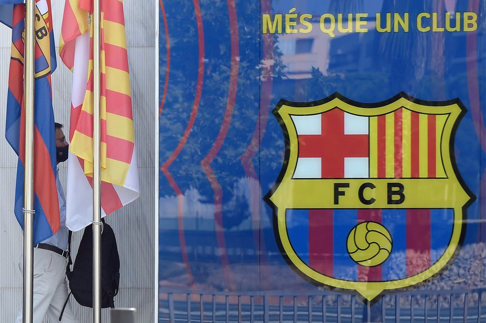Crise no Barcelona: eleições são antecipadas e imprensa crava acerto com  Koeman | futebol espanhol | ge